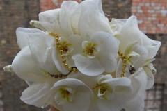 Ziemas pušķis - orhidejas, pērles, audums