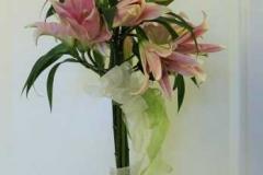 Ziedu kompozīcija - liliju koks