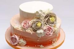 Šokolādes torte ar sviesta rozēm