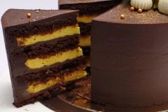 Šokolādes torte ar mango krēmu