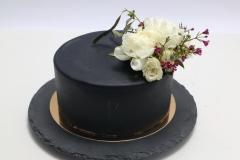 Šokolādes- pistāciju kūka