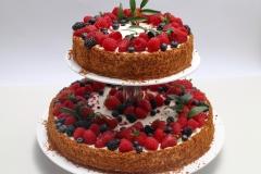 Kapučīno siera kūka ar ogām