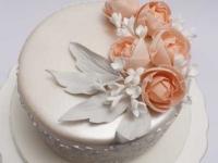 Biskvīta kāzu torte