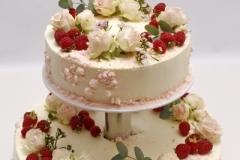 Maskarpones - aveņu kāzu torte