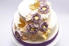 Šokolādes Kāzu torte ar sviesta rozēm