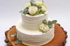 Kāzu torte ar rozēm