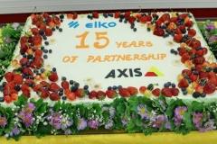 Korporatīvā torte uzņēmuma jubilejā