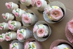 Maskarpones- aveņu kāzu kūciņas.