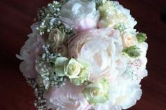 Romantisks peoniju līgavas pušķis