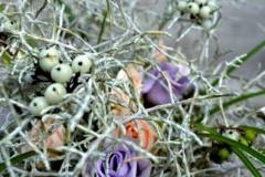 Transparents līgavas pušķis - gaisīgs, caurspīdīgs, viegls. Sudrabs, balts, violets, laškrāsa