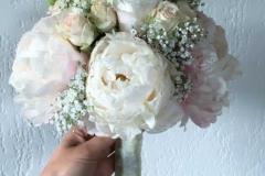 Līgavas pušķa dublikāts no peonijām
