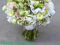 Romantiski smalks pavasara līgavas pušķis maigos pasteļtoņos