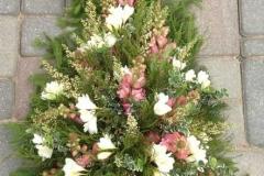 Vasaras lauku ziedu štrauss bērēm