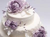 Lauku torte ar cukura ziediem