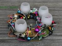 Netradicionāls Adventes vainags ar nopūšamām LED svecēm, 35cm.