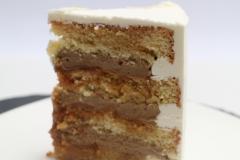 Sviesta - olu biskvīta torte ar kafijas krēmu un karameli
