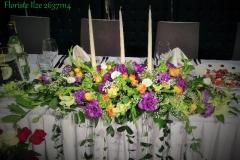 Galda dekors ar svecēm