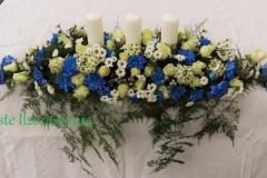 Galda dekors kāzām - balts, ziloņkaula (ivory), zils