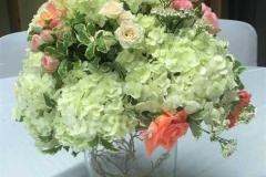 Hortenziju un rožu kompozīcija. Reiņa trase