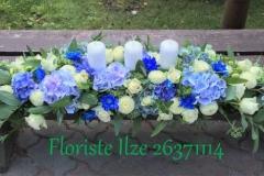 Galda dekors kāzām - balts, gaiši zils, zils