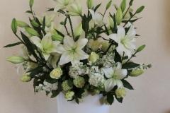 Lielizmēra ziedu dekors