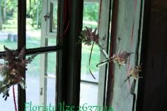 Romantisks loga dekors. Priedes krogs