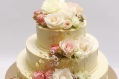 Kāzu tortei baltās šokolādes pārklājums, ēdamais zelts