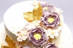 Šokolādes torte ar sviesta krēma rozēm