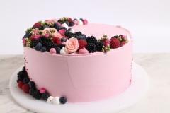 Rozā kāzu torte ar sīkiem ziediem. Tortes piegādājam.